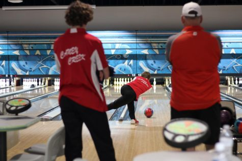 Bowlers make school history, Raska makes state tourney