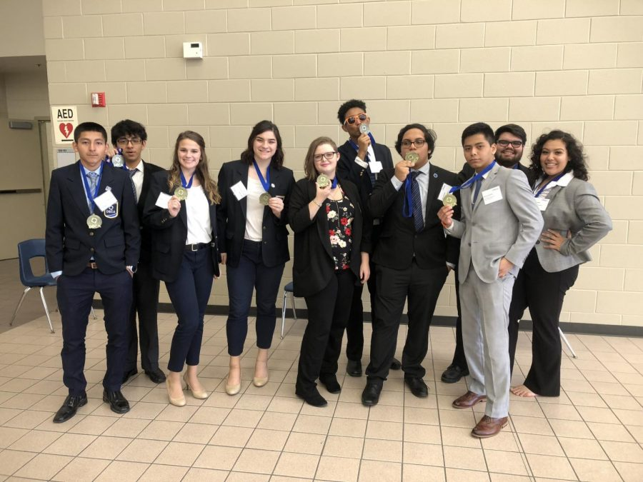 STATE-BOUND+10+DECA+members+qualified+for+the+state+competition+which+was+held+in+Dallas%2C+TX.+Members+include%3A+Lazaro+Yanez%2C+Jacob+Hernandez%2C+Tori+McVey%2C+Shaylin+Ardoin%2C+Katrina+Kelly%2C+Nicholas+Davis%2C+Jonathan+Leiva%2C+Jonathan+Ponce%2C+Lazaro+Villalobos%2C+Karla+Chavarria
