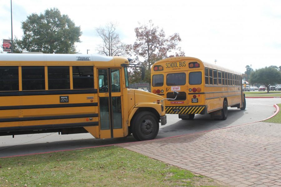 NEW+SET+OF+WHEELS.++Conroe+ISD+purchases+new+buses+to+help+with+transportation+to+school+events+and+activities.+About+52%2C000+students+are+eligible+for+bus+service.+
